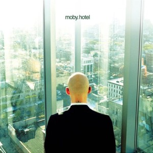 Paroles de chansons et pochette de l'album Hotel de Moby